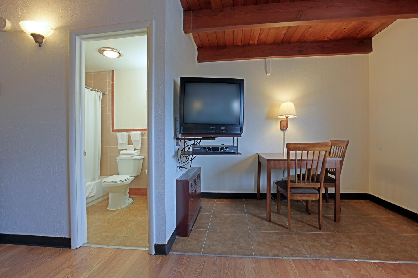 Amenities - Americas Best Value Inn Fort Collins