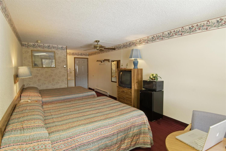 Room - Americas Best Value Inn Bighorn Lodge Grand Lake