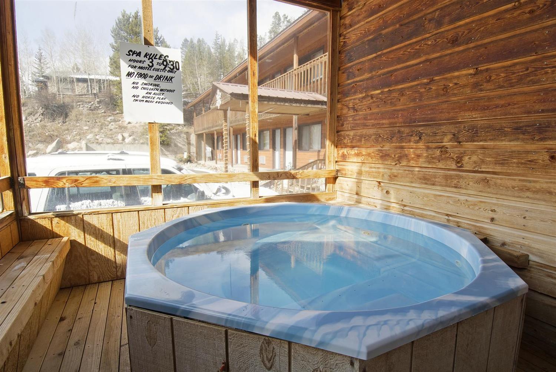 Spa - Americas Best Value Inn Bighorn Lodge Grand Lake