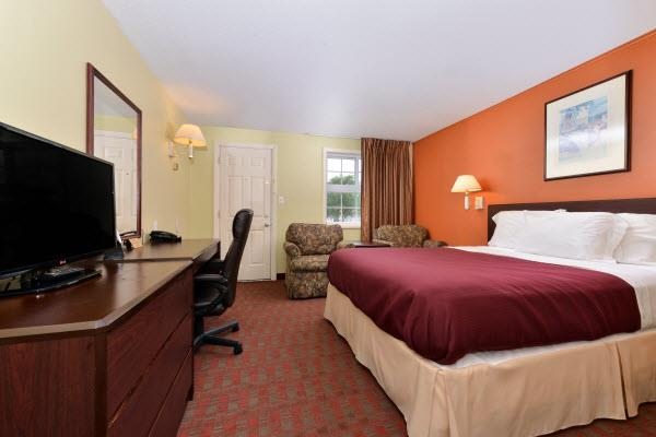 Room - Americas Best Value Inn Manchester
