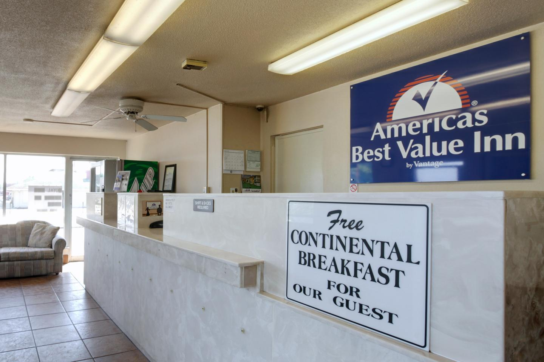 Lobby - Americas Best Value Inn Alachua