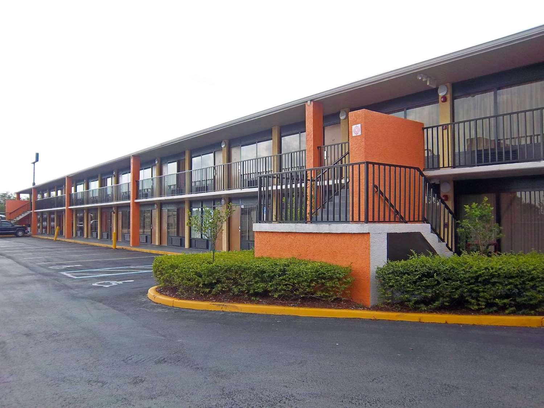 Exterior view - Americas Best Value Inn Fort Pierce