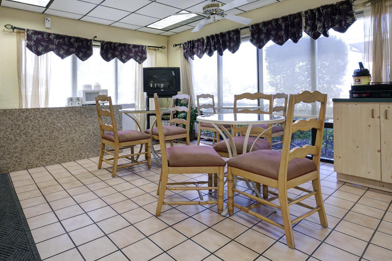 proam - Americas Best Value Inn Fort Pierce