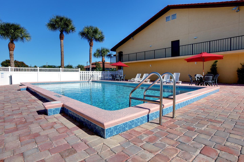 Pool - Americas Best Value Inn St Augustine Beach