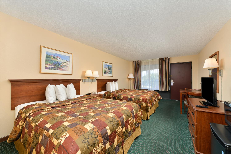 Room - Americas Best Value Inn St Augustine Beach