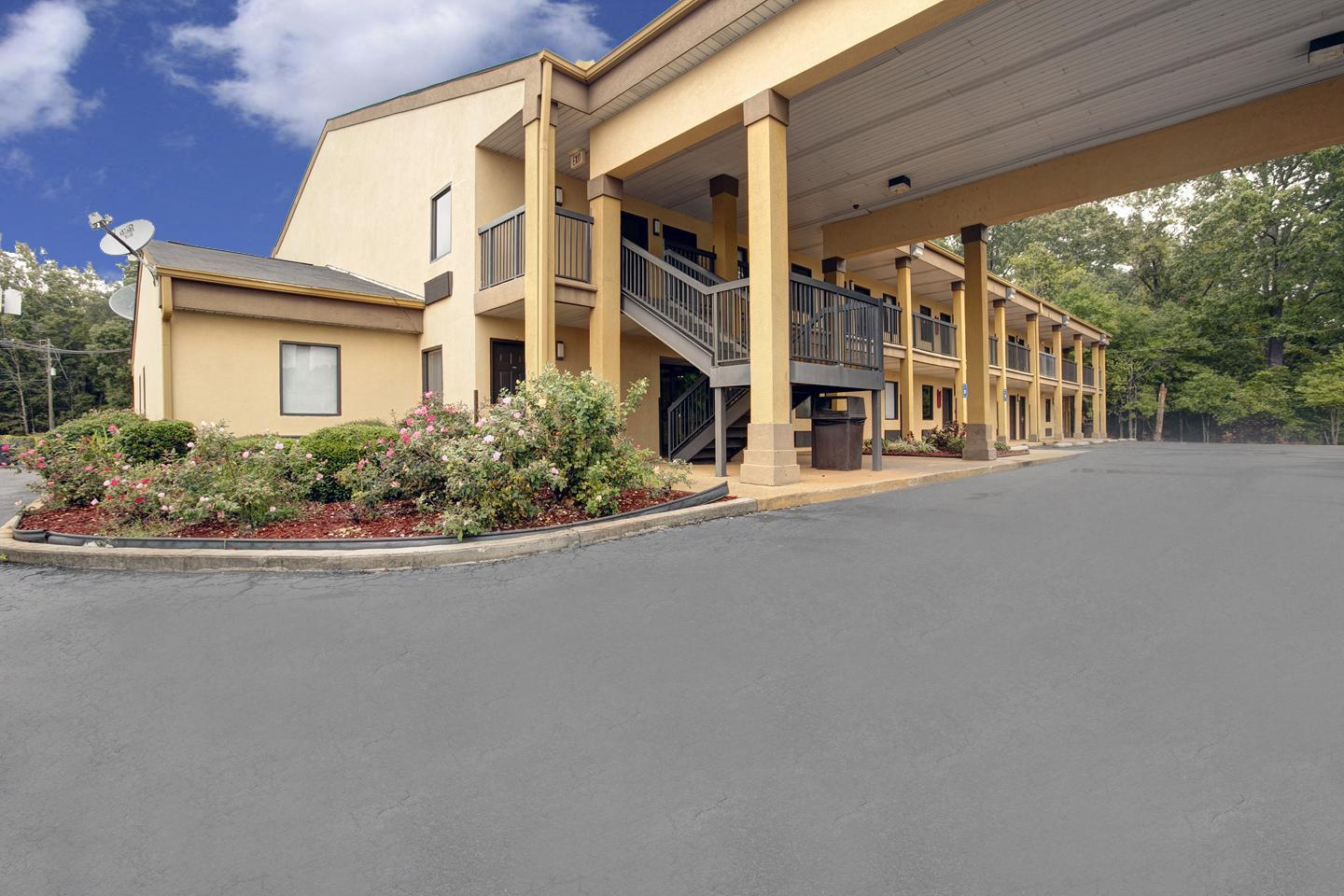 Exterior view - Americas Best Value Inn Montezuma