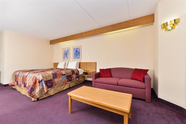 Suite - Americas Best Value Inn & Suites Morrow