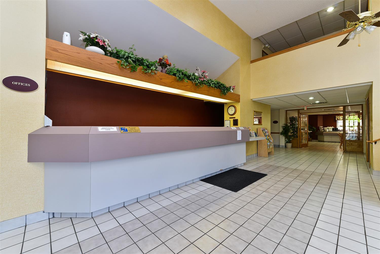 Lobby - Americas Best Value Inn & Suites Morrow