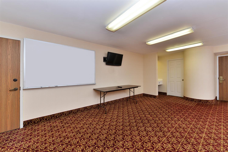 Meeting Facilities - Americas Best Value Inn & Suites Morrow