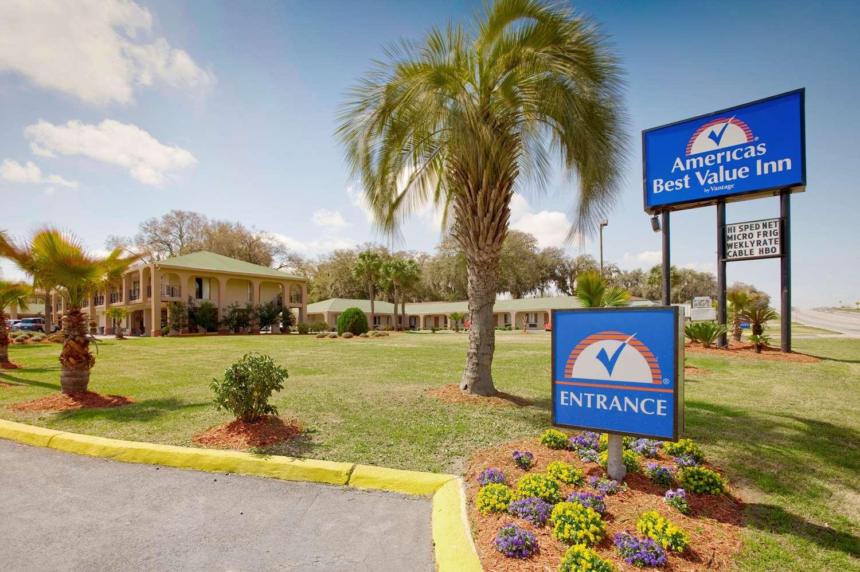 Americas Best Value Inn Midtown Savannah Ga See Discounts