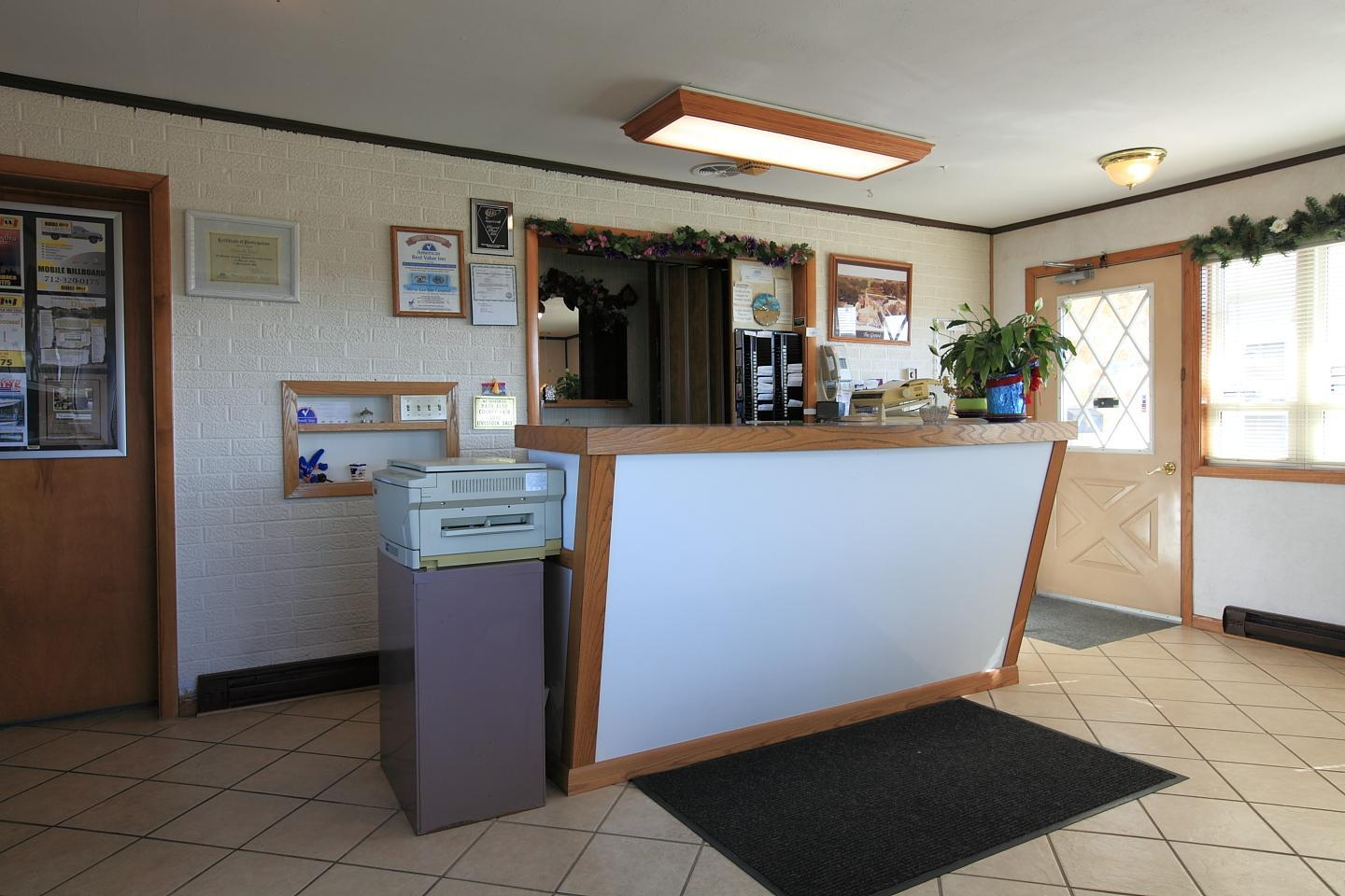 Lobby - Americas Best Value Inn Emmetsburg
