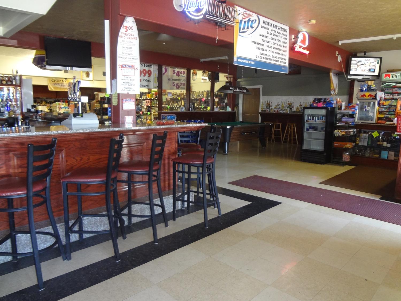 Bar - Americas Best Value Inn Marion