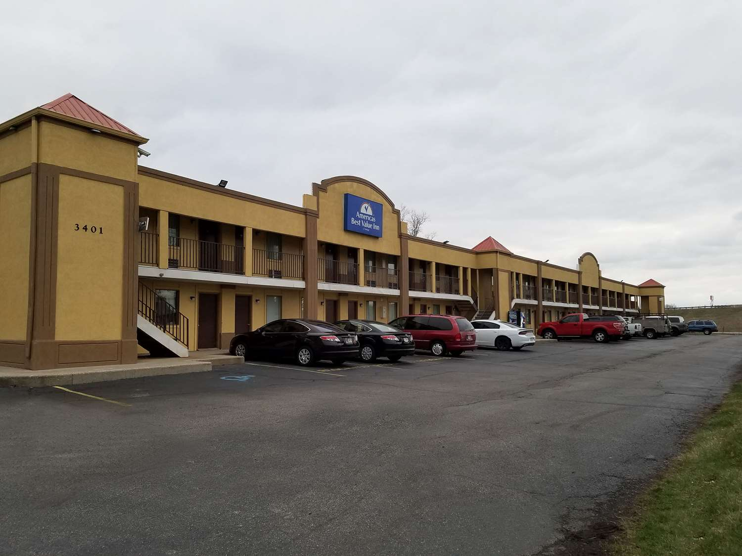 Exterior view - Americas Best Value Inn UINDY Indianapolis