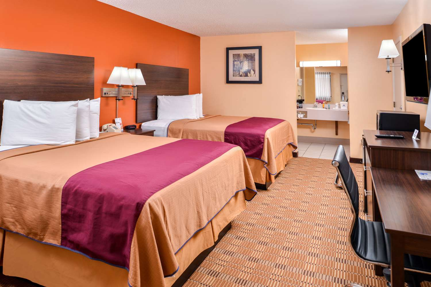 Room - Americas Best Value Inn Ellsworth