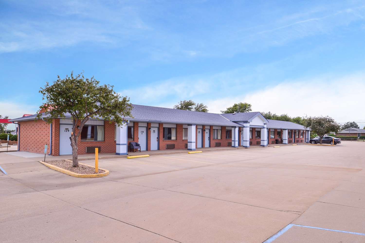 Exterior view - Americas Best Value Inn Ellsworth