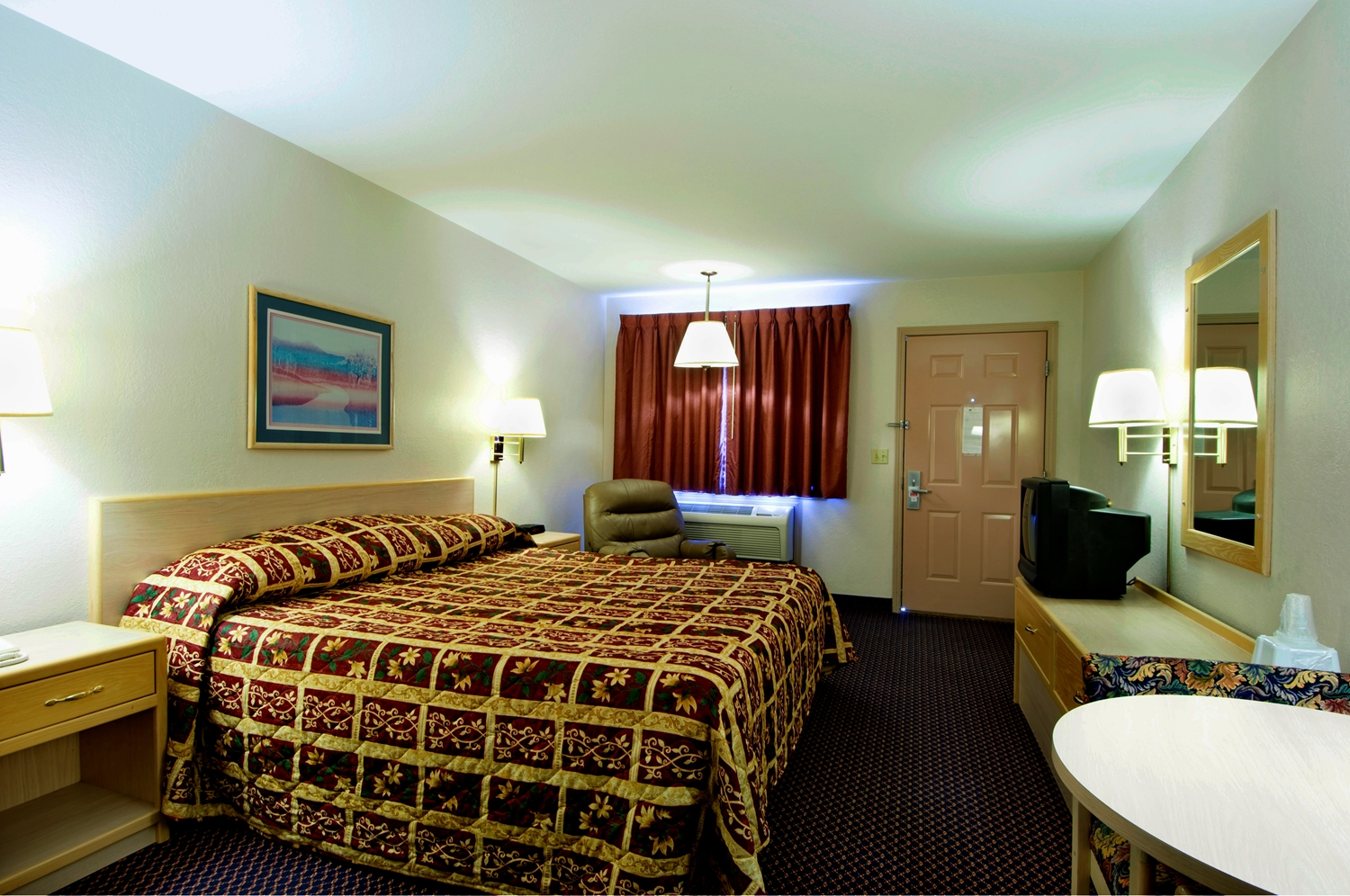 Room - Americas Best Value Inn Garden City