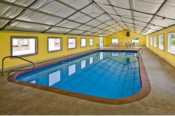 Pool - Americas Best Value Inn & Suites Hesston
