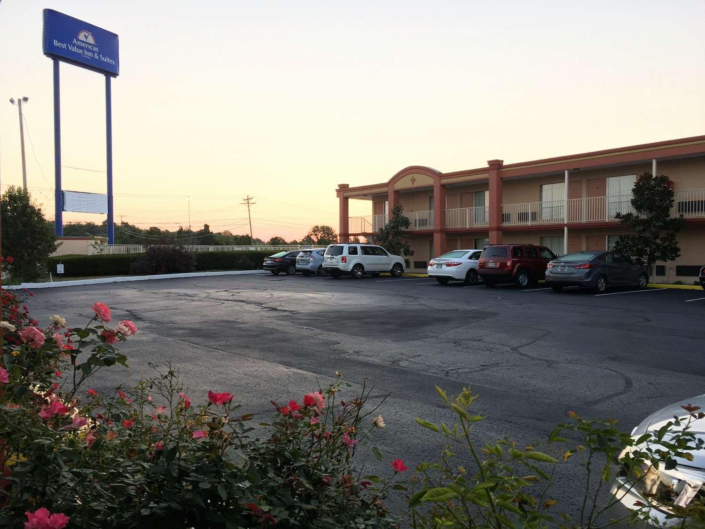 Exterior View Americas Best Value Inn Suites Williamstown