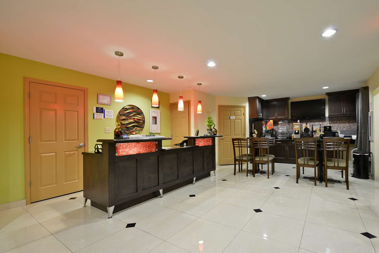 Lobby - Americas Best Value Inn & Suites Broad Street Lake Charles