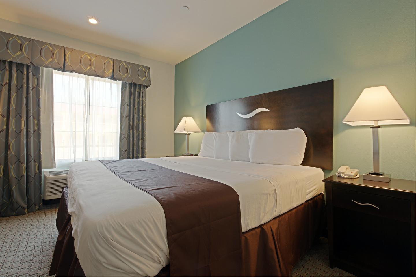 Room - Americas Best Value Inn Sulphur