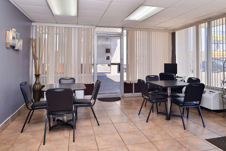 Restaurant - Americas Best Value Inn Monroe
