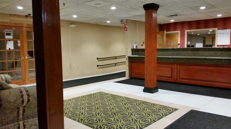 Lobby - Americas Best Value Inn Foxborough