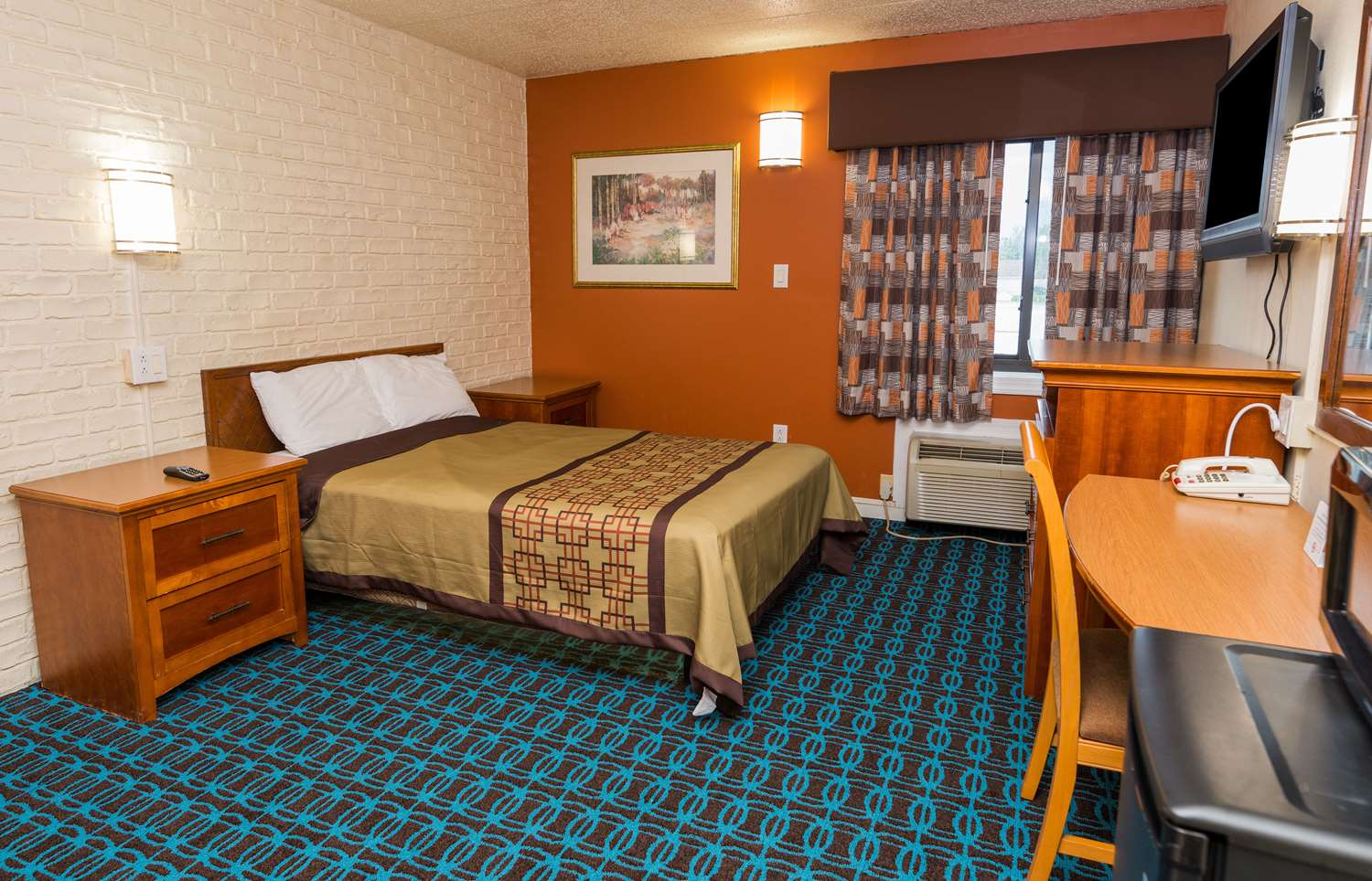Room - Americas Best Value Inn Cambridge