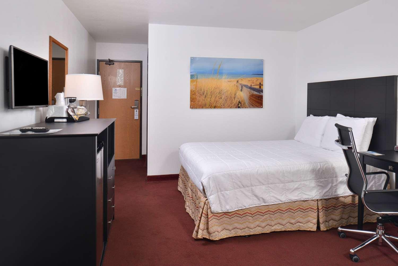 Room - Americas Best Value Inn Birch Run