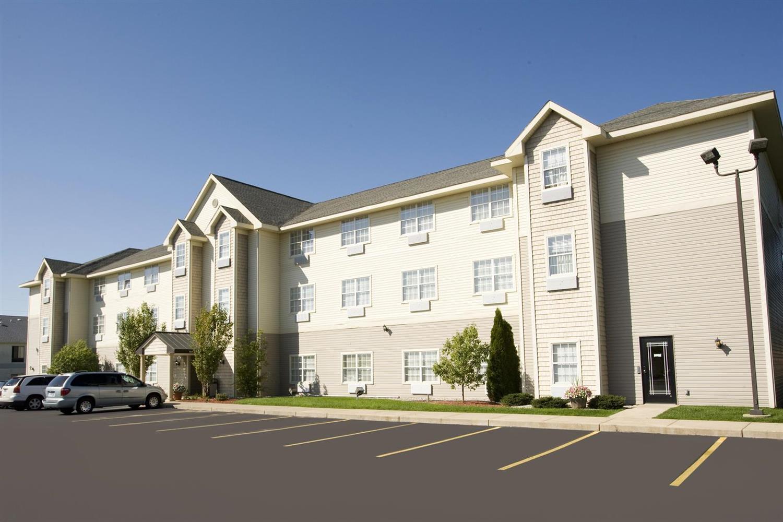 Exterior View Americas Best Value Inn Suites Three Rivers