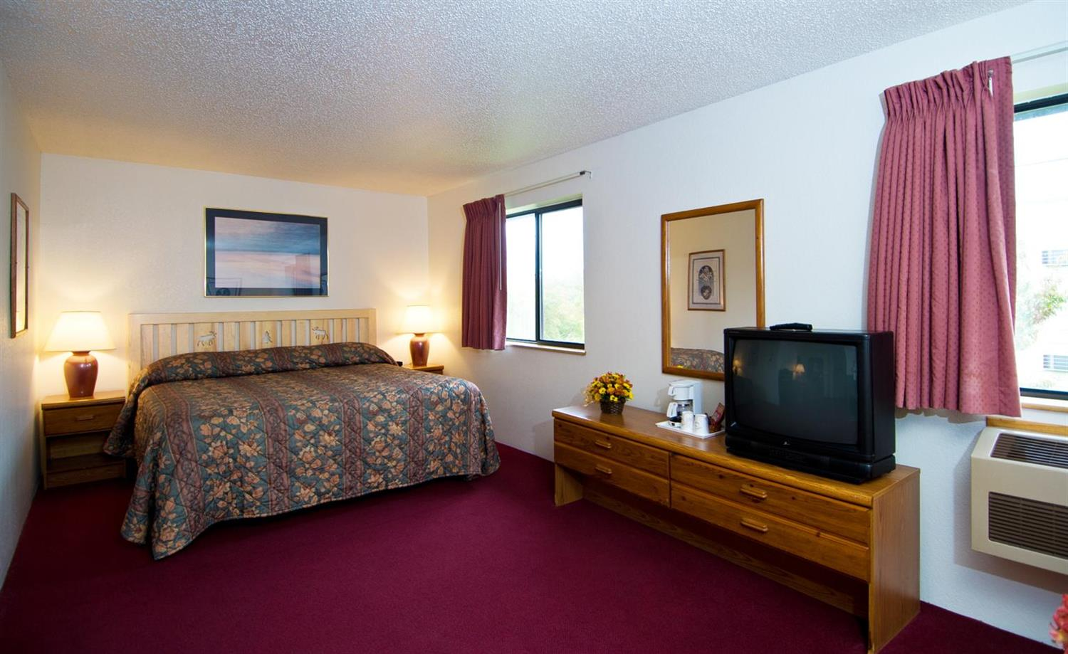 Suite - Americas Best Value Inn & Suites International Falls