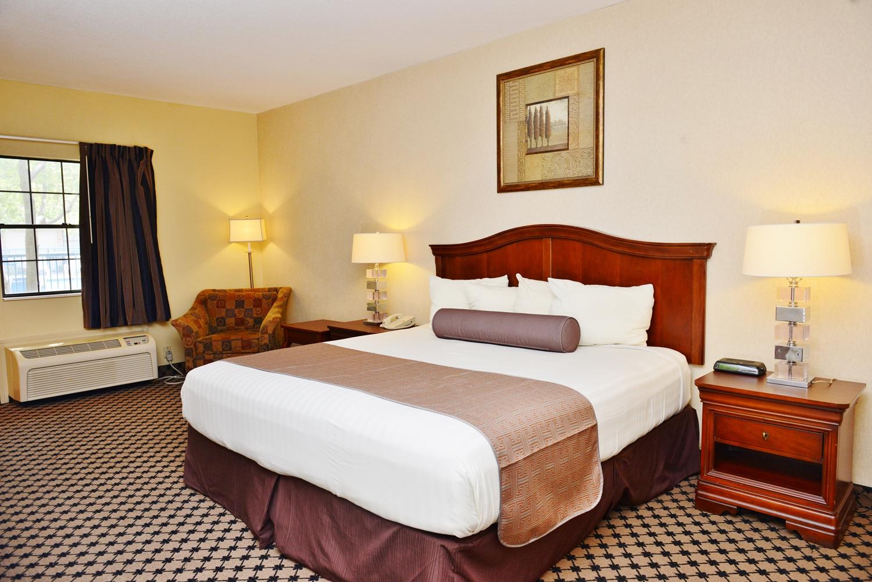 Room - Americas Best Value Inn Robinsonville