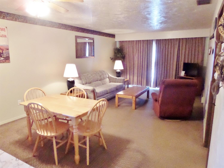 Suite - Americas Best Value Inn Polson
