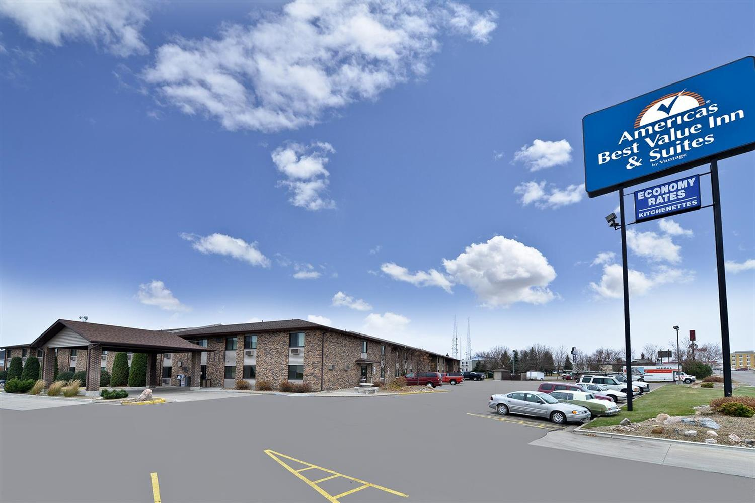 Exterior view - Americas Best Value Inn & Suites Bismarck