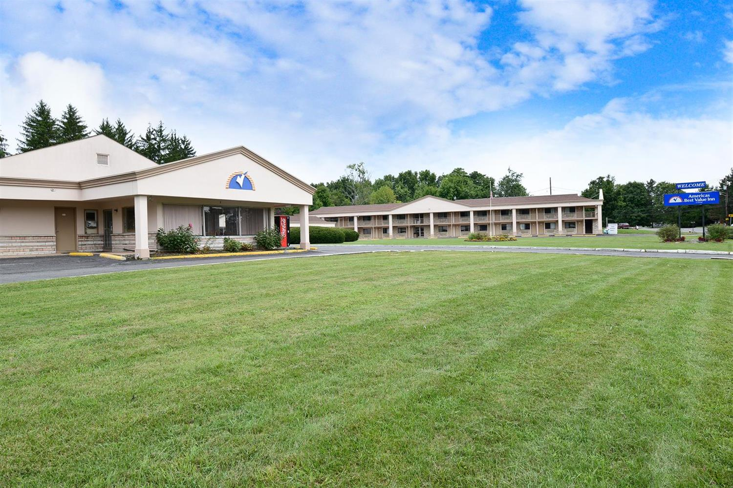 Exterior view - Americas Best Value Inn Central Valley
