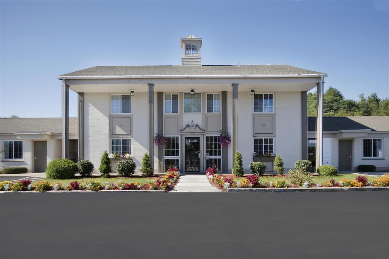 Exterior view - Americas Best Value Inn East Greenbush