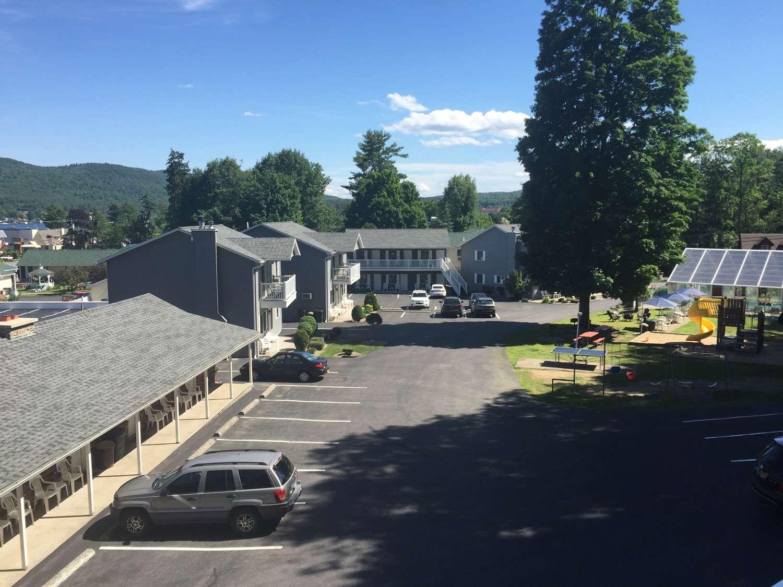 Exterior view - Americas Best Value Inn Lake George