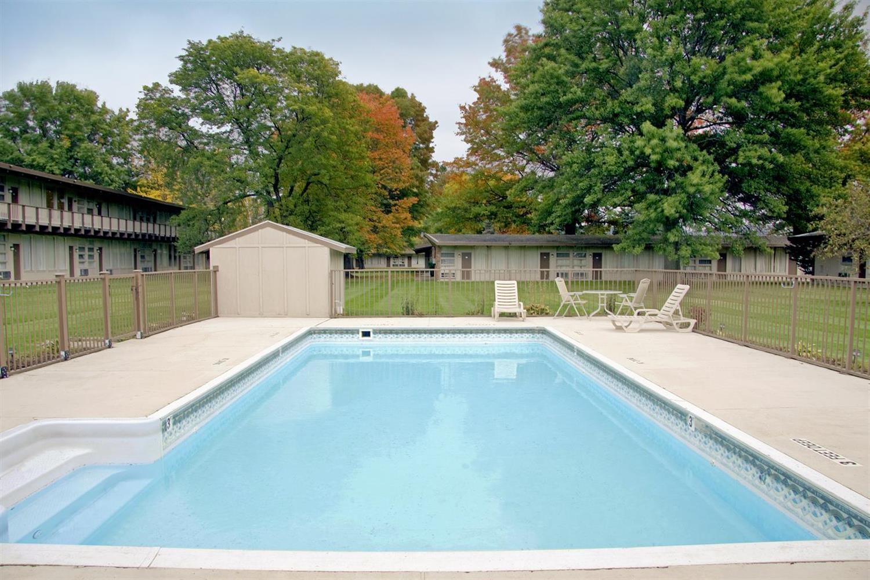 Pool - Americas Best Value Inn Painted Post