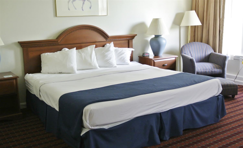 Room - Americas Best Value Inn Painted Post