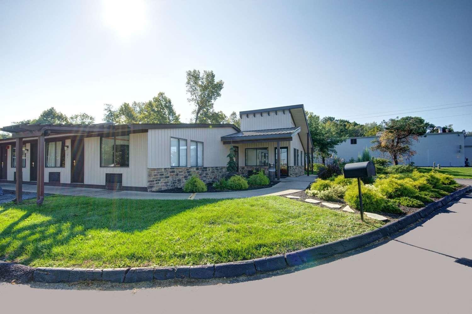 Exterior view - Americas Best Value Inn Heath