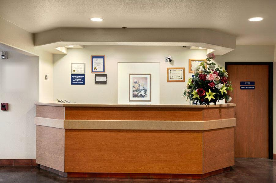 Lobby - Americas Best Value Inn & Suites Ada