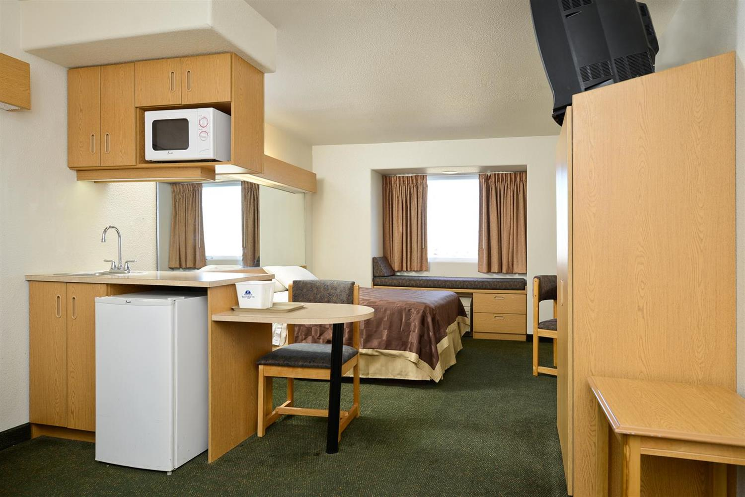 Room - Americas Best Value Inn & Suites Ada