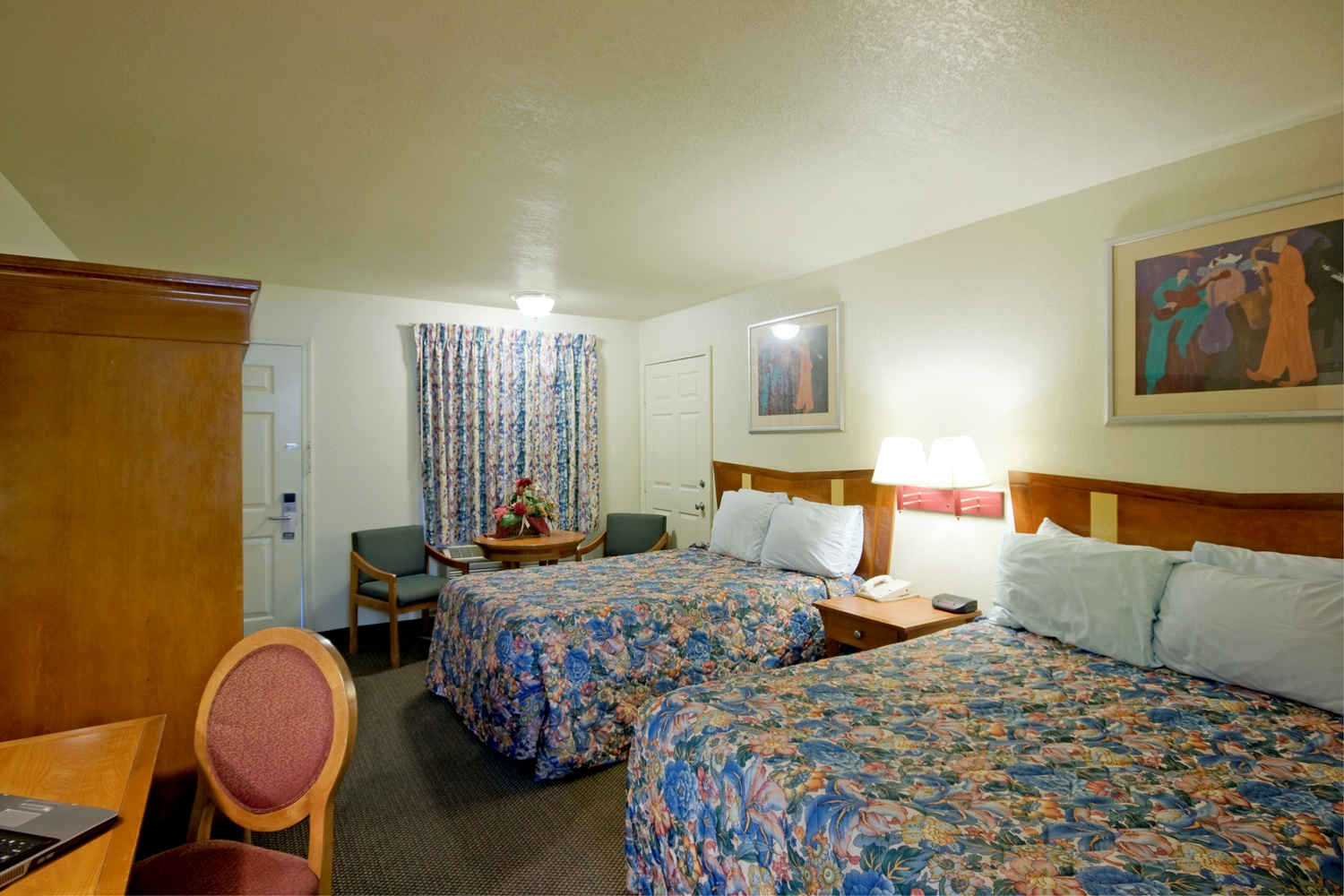 Room - Americas Best Value Inn Sallisaw