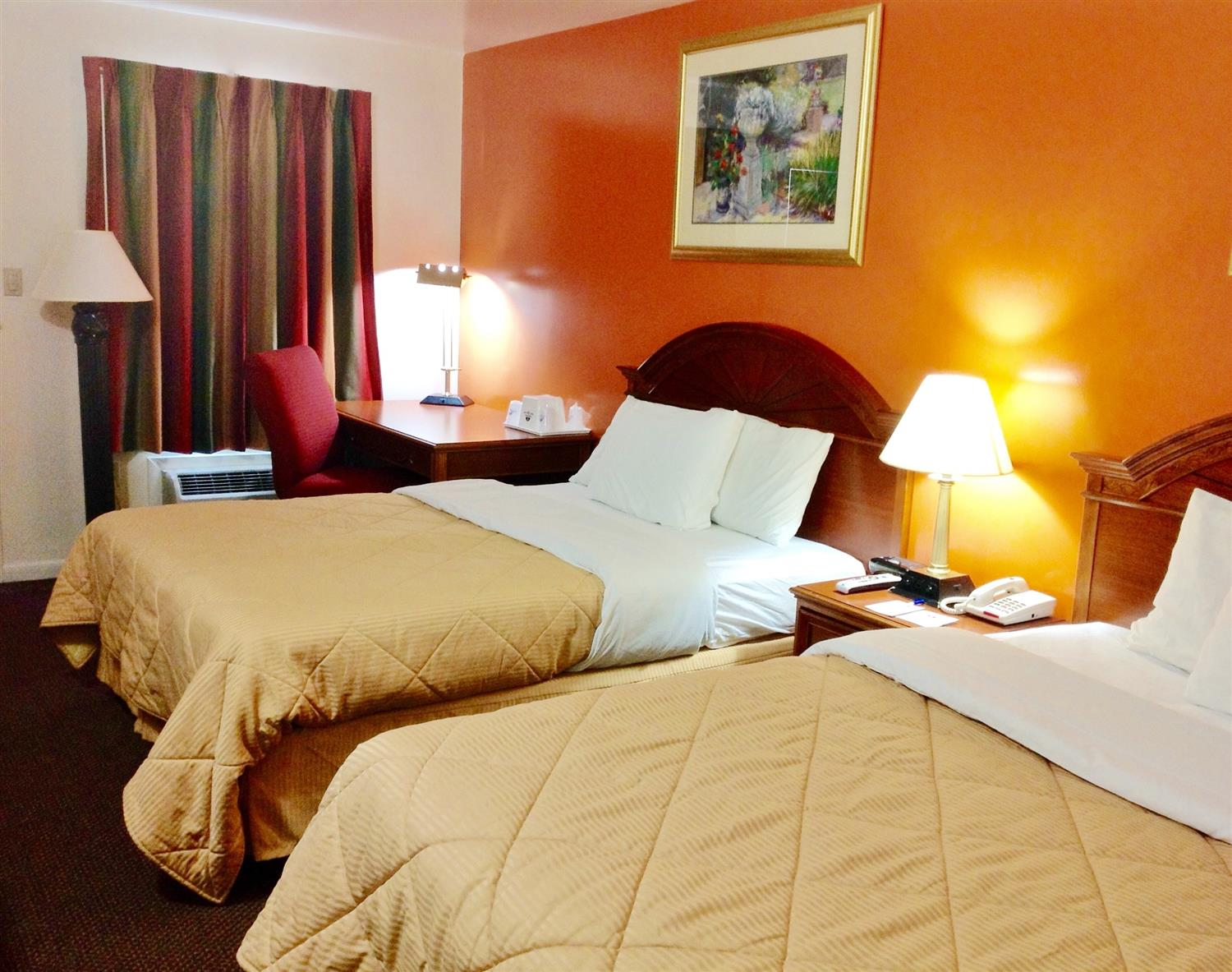 Room - Americas Best Value Inn Lancaster