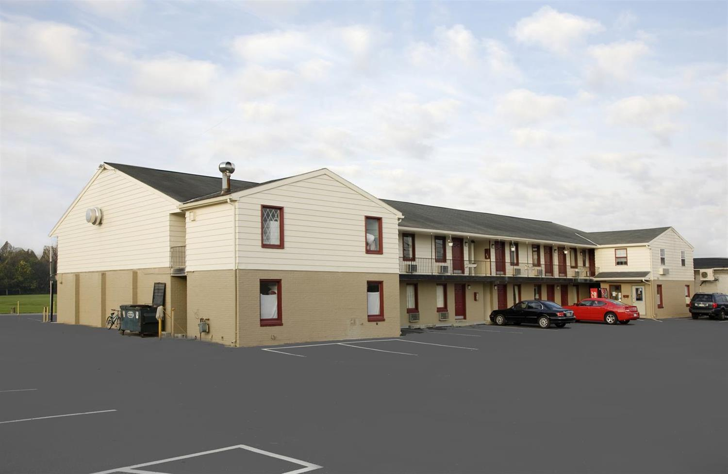 Exterior view - Americas Best Value Inn Lancaster