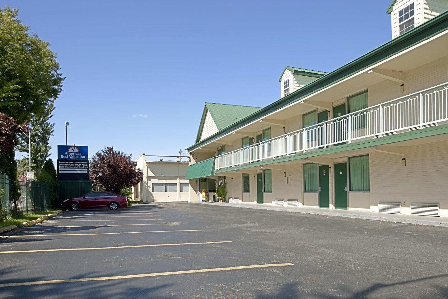 Exterior view - Americas Best Value Inn Pottstown