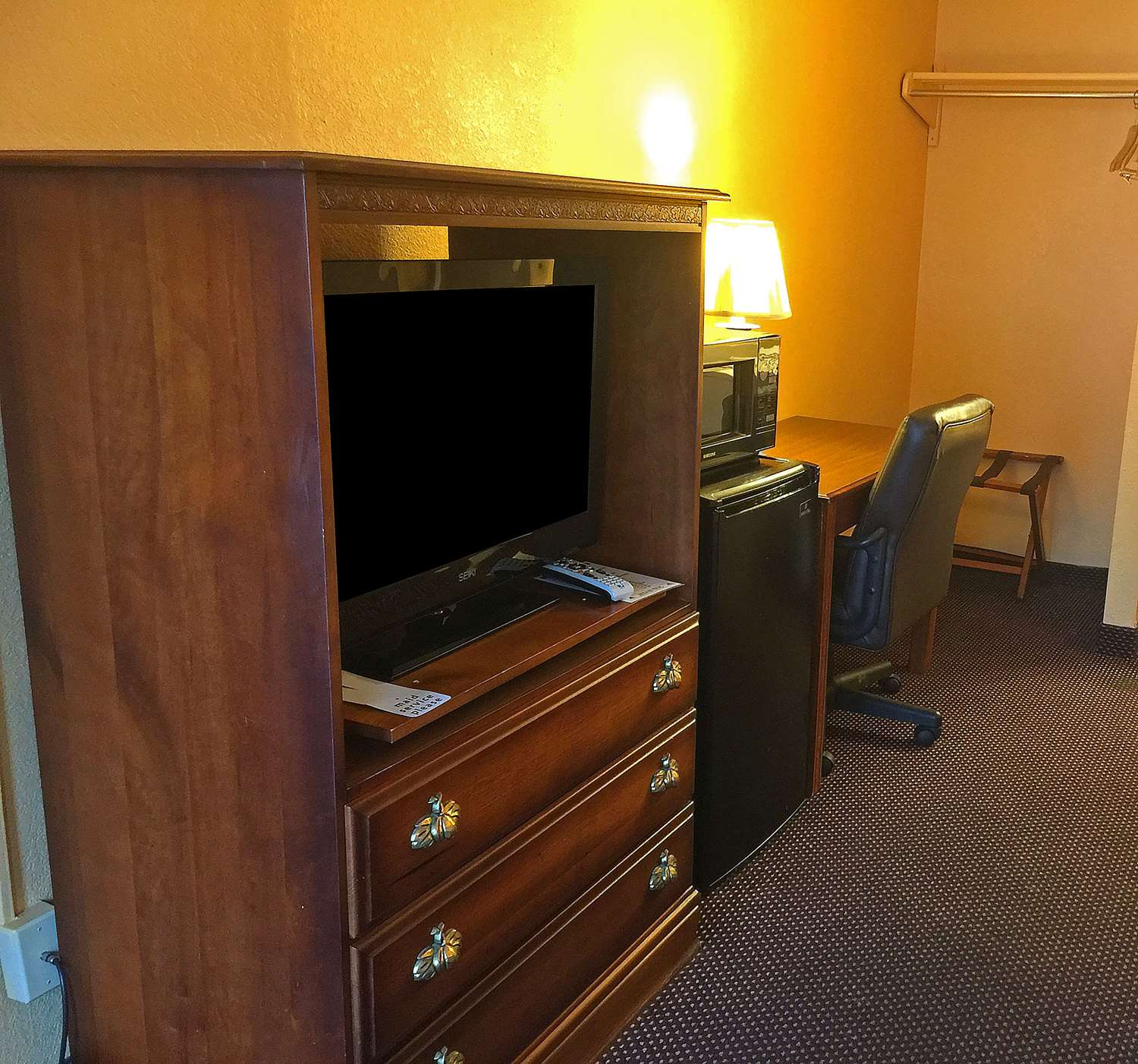 Amenities - Americas Best Value Inn Pottstown