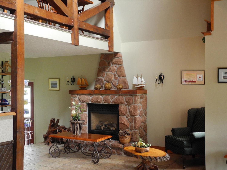 Lobby - Canadas Best Value Inn & Suites Summerside