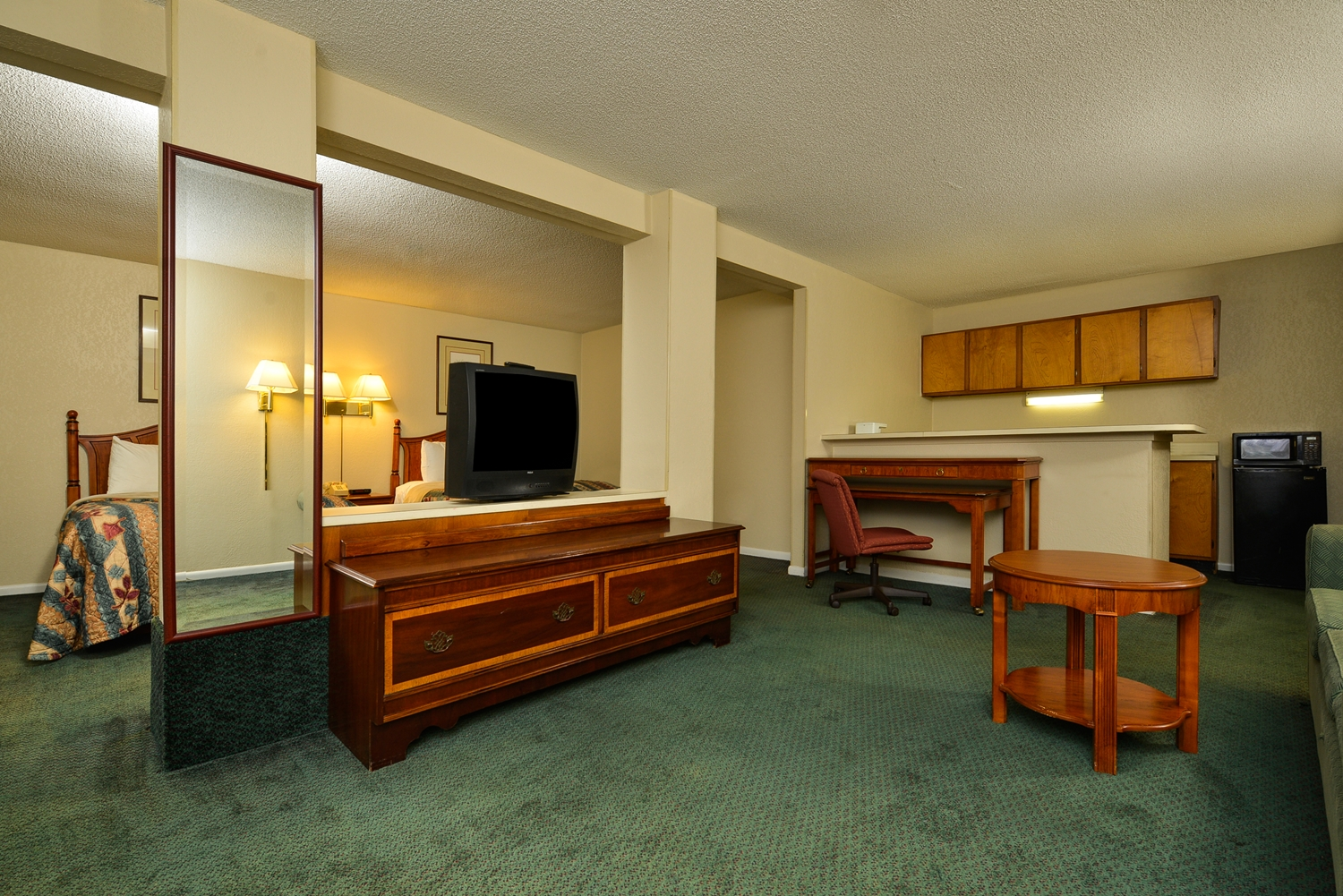 Suite - Americas Best Value Inn Winnsboro