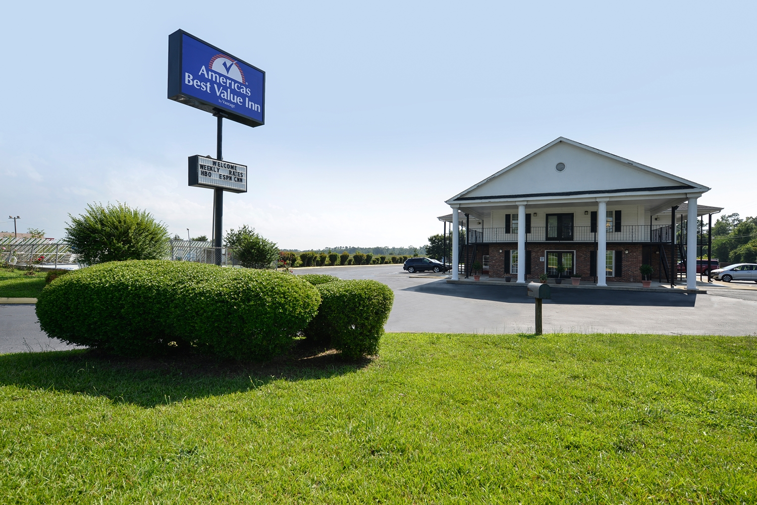 Exterior view - Americas Best Value Inn Winnsboro