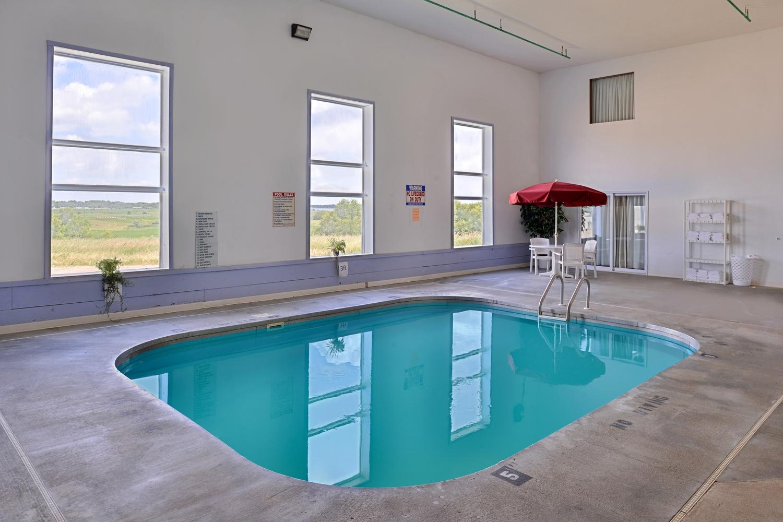 Pool - Americas Best Value Inn Clear Lake